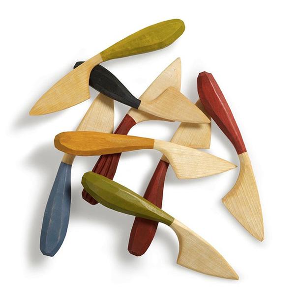 Smörknivar från boken Tälj för kök och trädgård. Foto: Thomas Harrysson