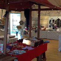 Utställningsbord inomhus från Orust Julmarknad