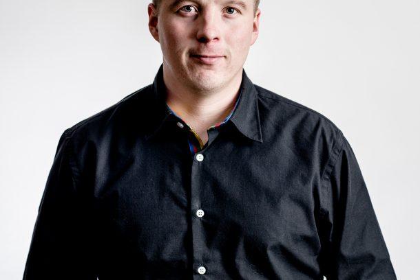 Porträtt av Nils Johan Labba, mottagare av Barbro Wingstrands stipendium på 100 000 kr