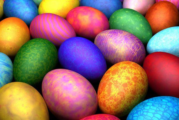 Massor av färgglada påskägg!