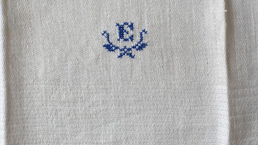 monogram bokstaven E