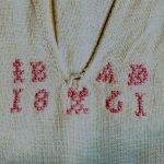 Överdel med monogram från Delsbo